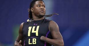 Playing with a Purpose : Shaquem Griffin's Journey to the NFL