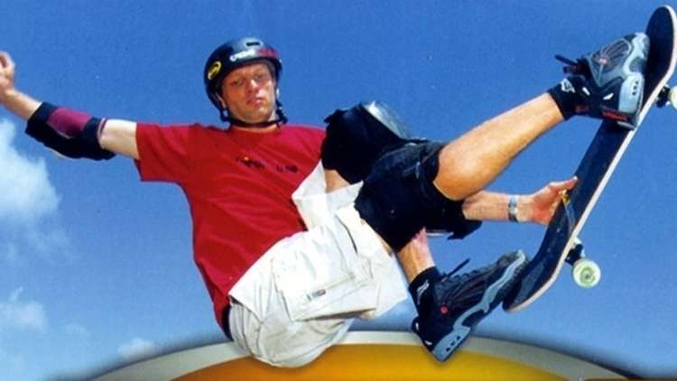 Tony Hawk Makes Fan's Day With Help of FedEx Driver
